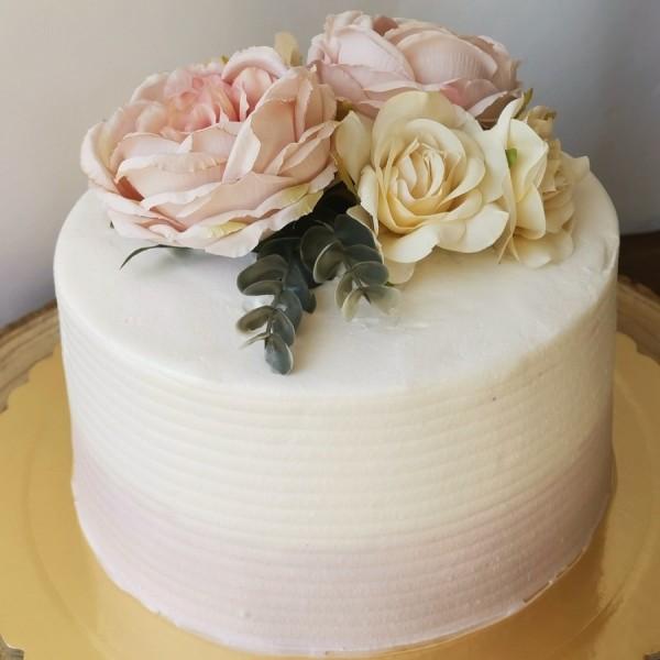 Artificial Flowers Cake