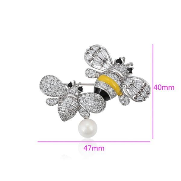 Rhodium Plated Bee Brooch