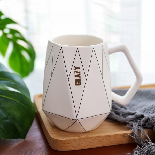 Polygonal Mug-White